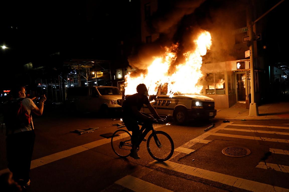 <p>Хаосът в САЩ</p>