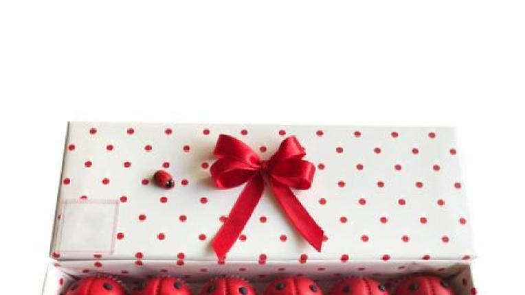 EDNA ОБ(Л)ИЧА: 5 идеи за подарък, с които да стоплите сърцето на любимия