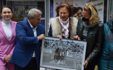 Спортни легенди на откриването на уникалка фотоизложба пред НДК