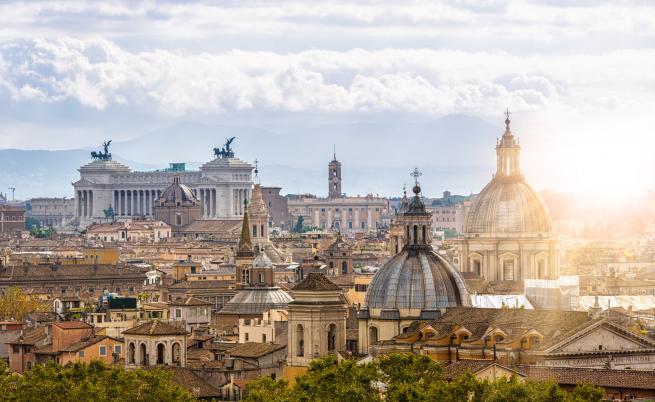 Италия отново посреща туристи, крие ли обаче това рискове