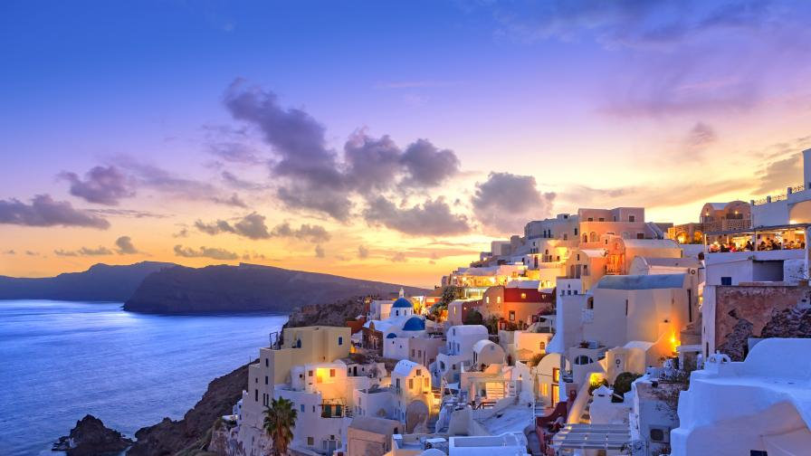 <p>Туризмът се &quot;съживява&quot;, ето къде вече можем да пътуваме</p>