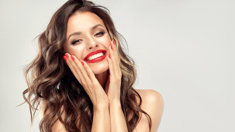 ТЕСТ: Готова ли си за конкурс Мис Перфектна усмивка?