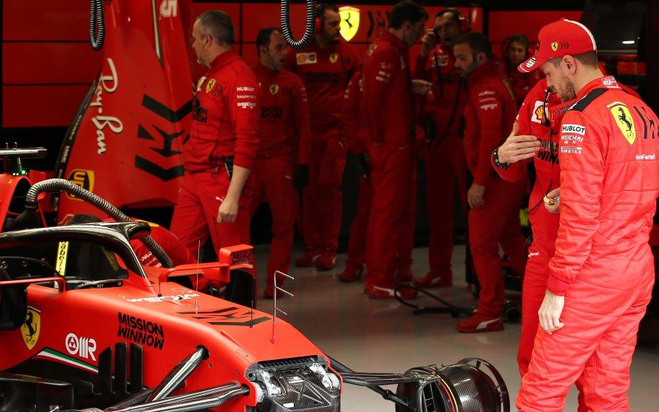 Ферари ще въведе подобрения на двигателя си и скоростната кутия