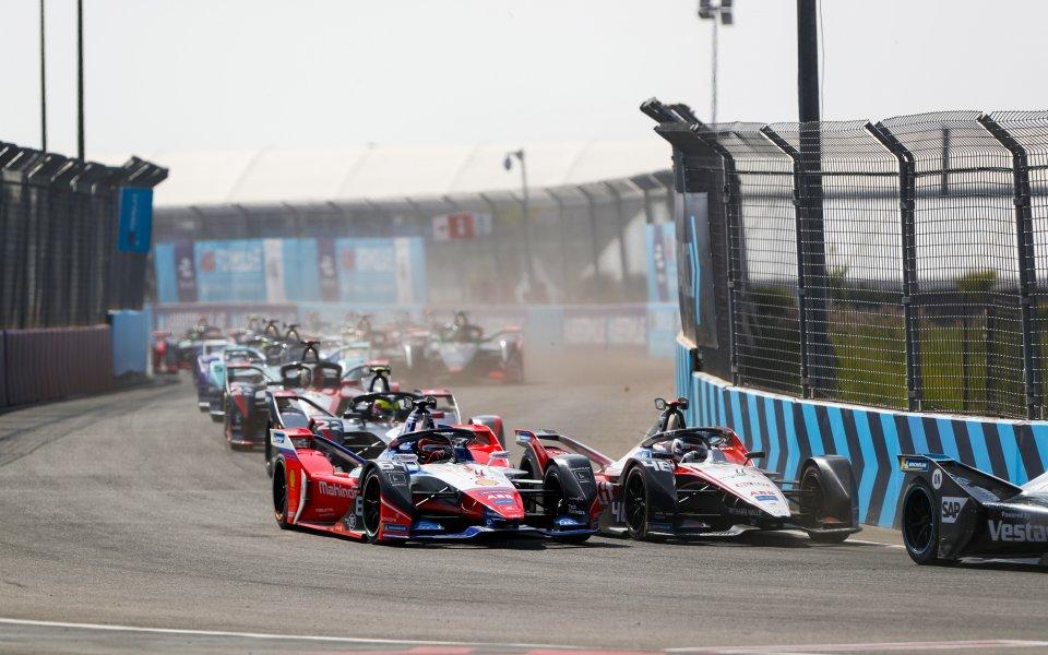 Следващият, седми сезон във Формула Е ще започне през януари.