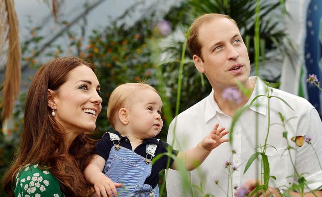 Трогателни снимки на принц Уилям: рожденик и горд баща
