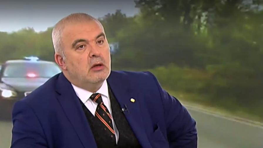 Манев: Секретарят на президента изпълнява поръчки на крупен бизнесмен