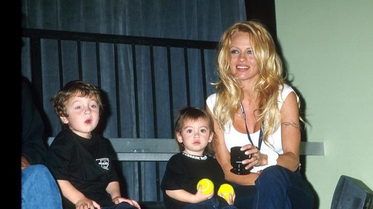 Умопомрачителните родителски съвети на известните личности