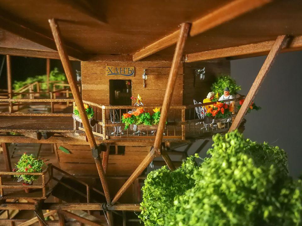 <p>Местният хан предлага традиционна атмосфера на гостоприемство.&nbsp;</p>