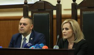 Безпрецедентна операция, арести на шефове в МВР - България | Vesti.bg