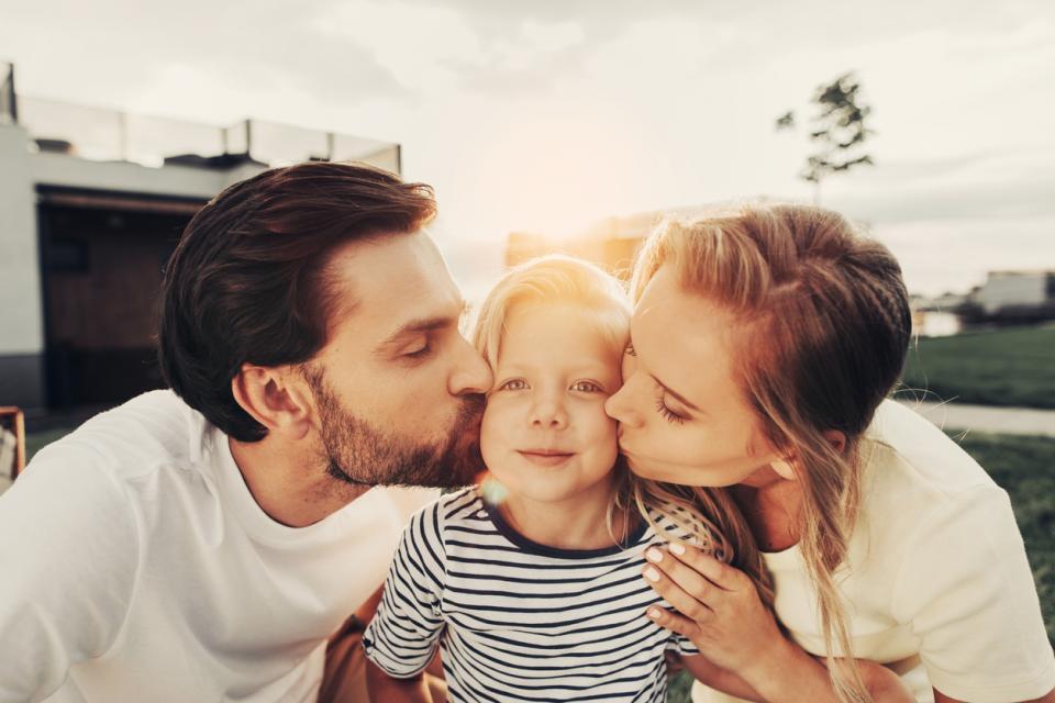 семейство родители деца