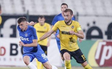 Капитанът на Ботев отпадна от групата за мача с Дунав, юноша го замести