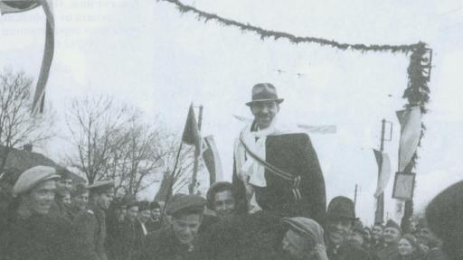 Столичният кмет инж. Иван Иванов на откриването на Първата тролейбусна линия. София, 8 февр. 1941 г.