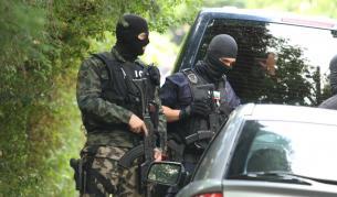 Божков: Задържани са мои бивши служители