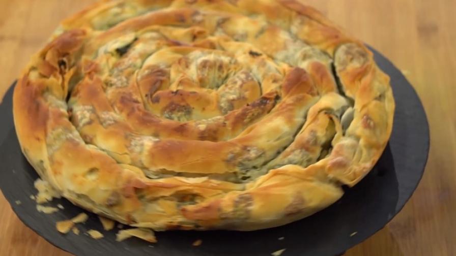 Рецепта за домашна баница със спанак и козе сирене