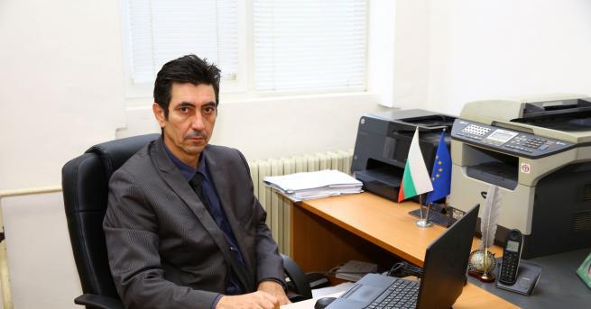 България Директор на варненско училище: Бяхме готови 50:50 за дистанционно