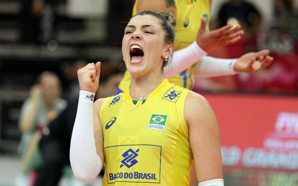 Бразилската националка по волейбол Розамария МонтибелерразпалиИнстаграмс последната си фотосесия.26-годишната красавица