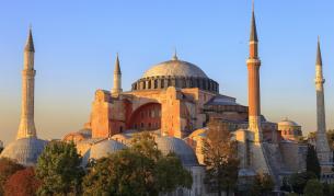 """Разкриха тайните на """"Света София"""" в Истанбул"""