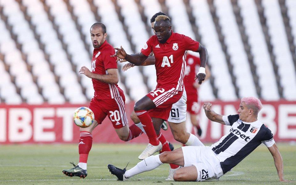 Локомотив Пловдив иЦСКА играят при резултат 0:0 в последен двубой