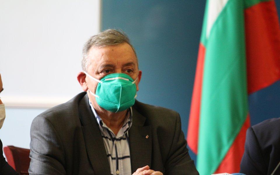 Членът наНационалния оперативен щаб за борба с коронавирусапрофесор ТодорКантарджиев изрази