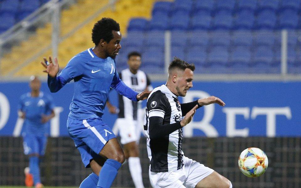 Отборите на Левски и Локомотив Пловдив играят при резултат1:1в битка