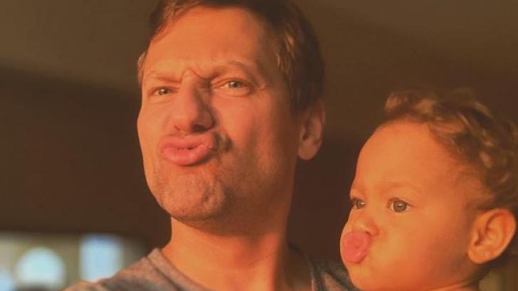 Детство мое, реално и вълшебно: Орлин Павлов очарова с видео на дъщеря си, която днес става на 2!