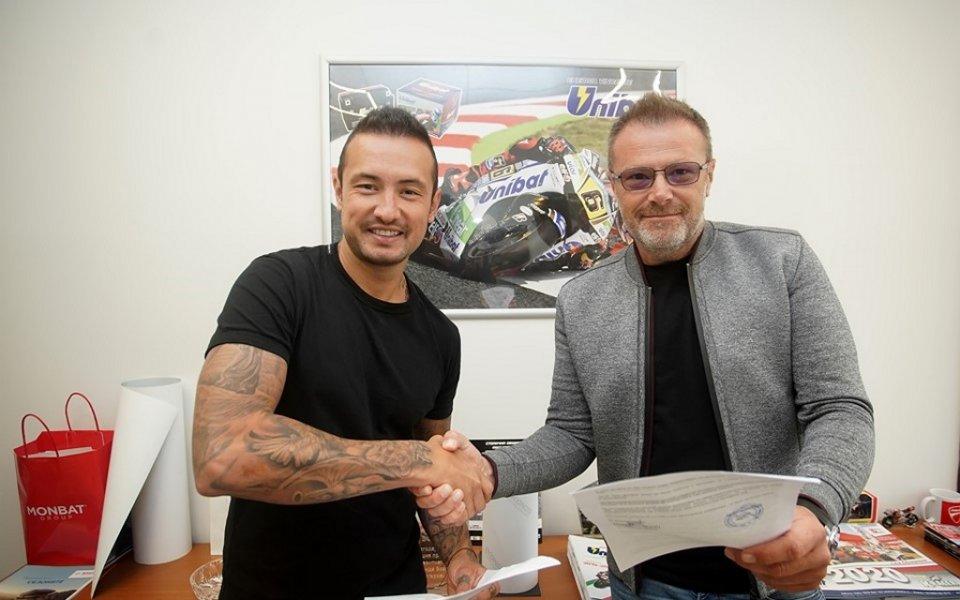 Днес най-добрия ни български състезател по мотоциклетизъм на писта Мартин