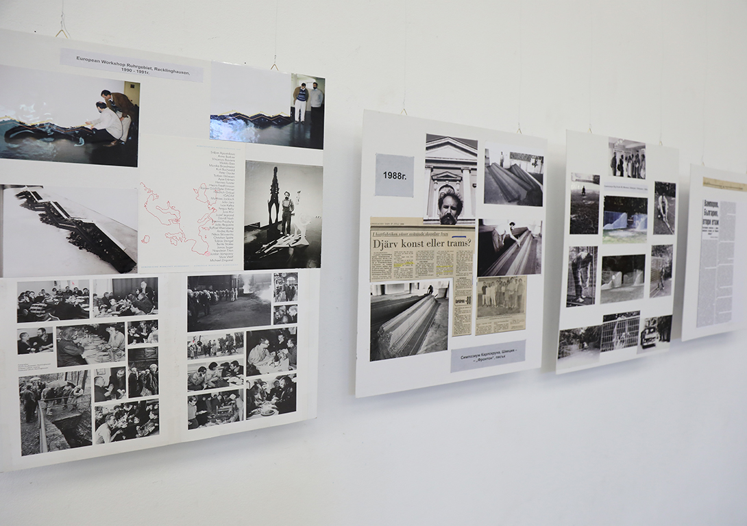 <p>Във втория проведен конкурс за братска могила Пловдив участва в колектив и получава трета награда. Има множество неприети работи за общи художествени изложби. През 1977 година му е възложено проектирането на нестандартен пътен знак на разклона Шипка-Бузлуджа. Представеният проект е отхвърлен от държавната комисия и остава нереализиран.</p>