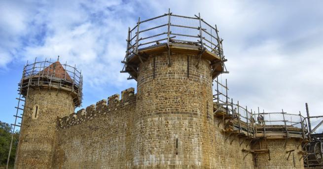 Любопитно Мистерията на замъка Геделон Кое прави този замък толкова