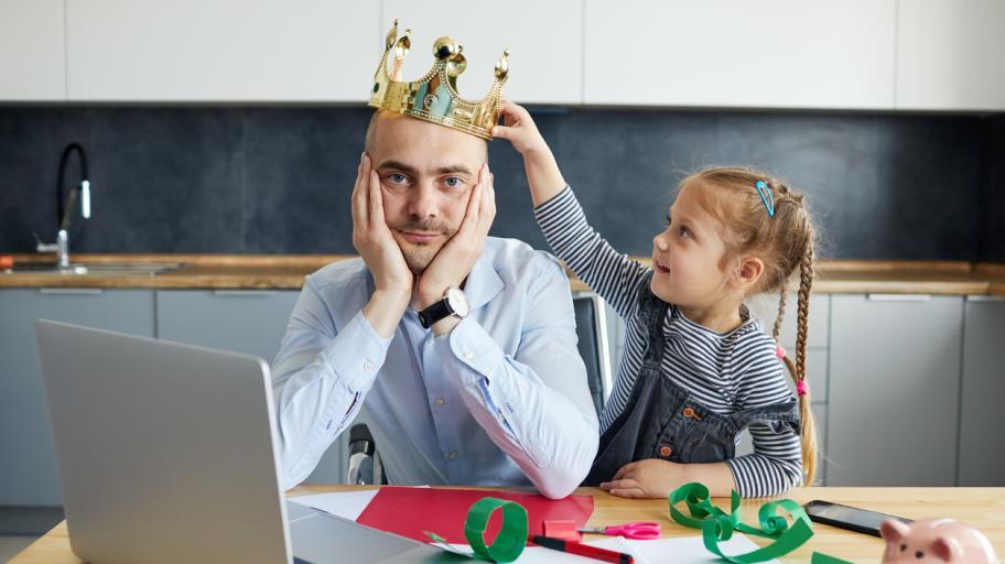 Смях през сълзи: Най-забавните родителски постове в социалните мрежи