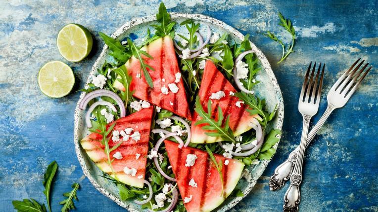 10 лесни и свежи идеи за летни салати