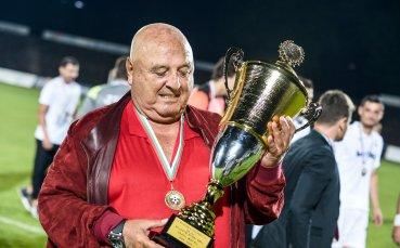 Венци Стефанов потвърди голям входящ трансфер на Славия