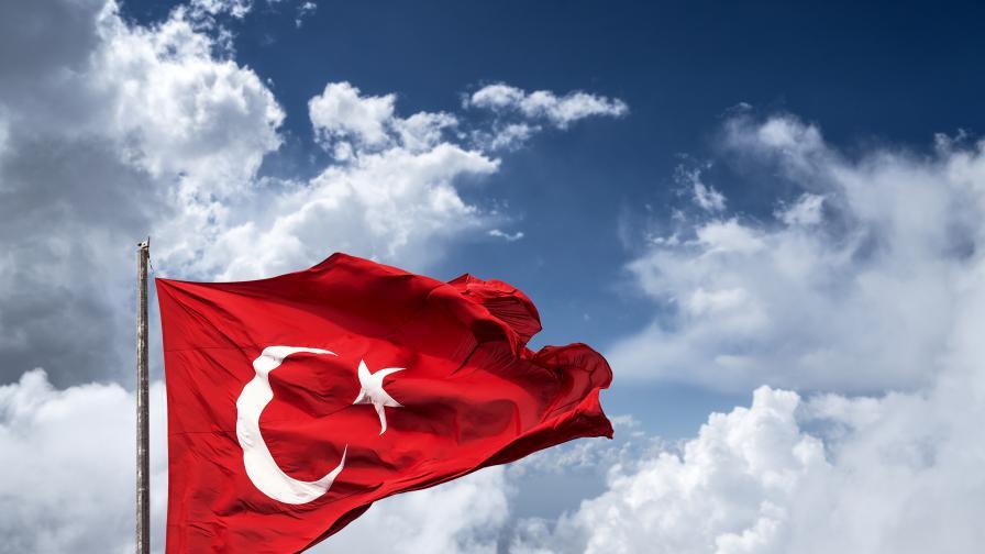 ЕС спря налагането на санкциите срещу Турция
