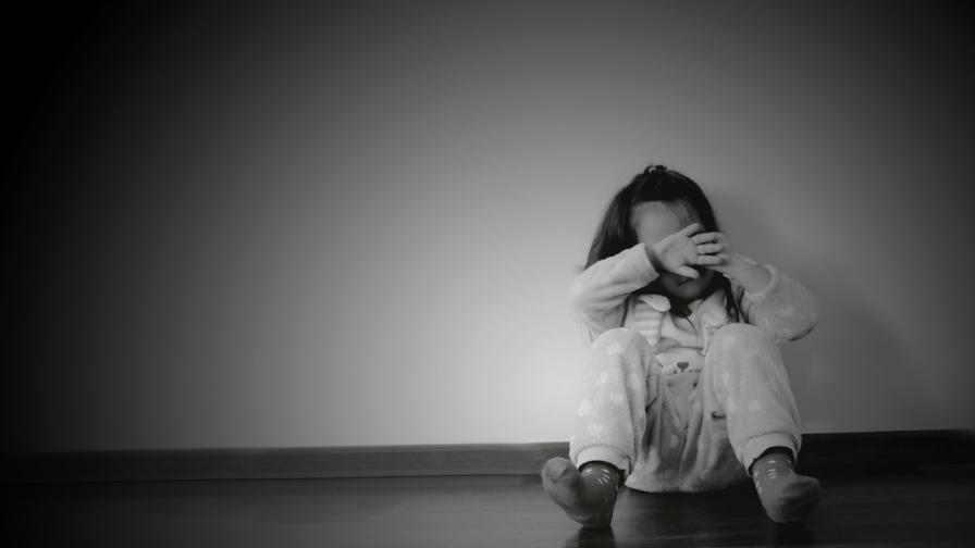 Бащата на битото от майка си момиченце в Перник с първа публична реакция