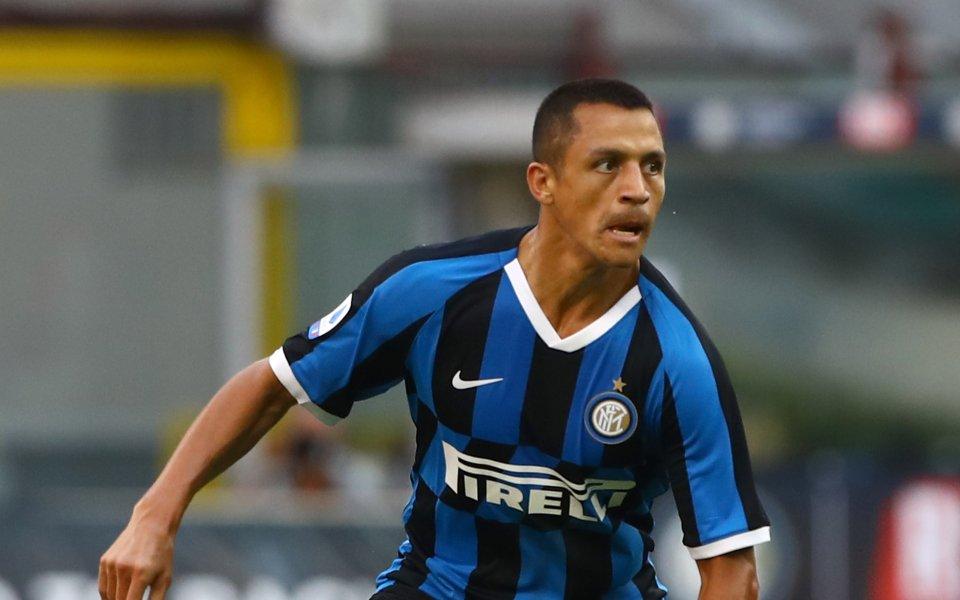 Отборът на Интер все още се надява да задържи Алексис