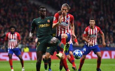 Манчестър Юнайтед преговаря със защитник на Монако
