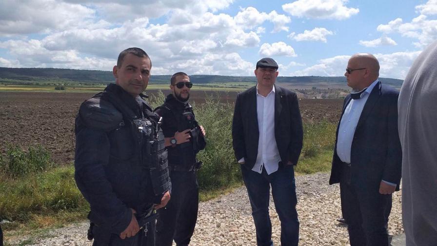 <p>12 арестувани при акция на прокуратурата във Варненско</p>