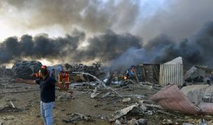 Увеличават се жертвите от експлозиите в Бейрут, тридневен траур