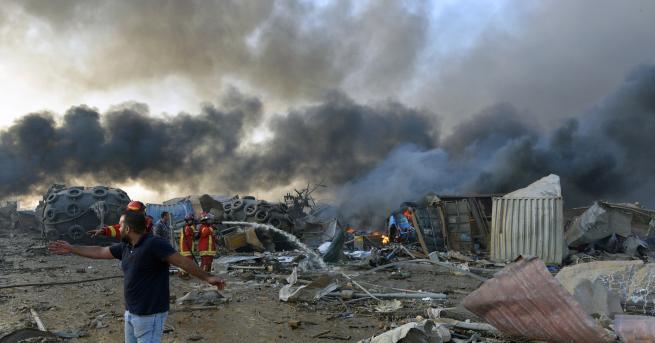 Свят Тридневен траур в Ливан след взрива и десетките жертви