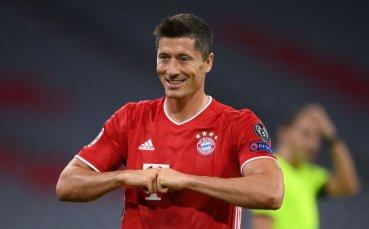 Левандовски е на четири гола от рекорд на Роналдо