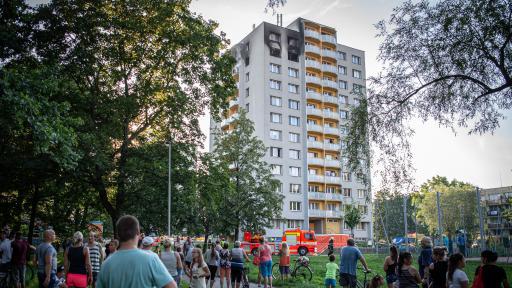 11 души загинаха при пожар в жилищен блок в Чехия