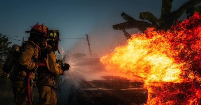 Свят Мощна експлозия срина къщи в американския град Балтимор, има