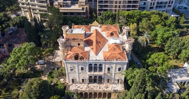 Свят Експлозиите в Бейрут разрушиха 160-годишен дворец Дворецът от 19