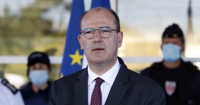 Свят Френският премиер: Това е трудна за проумяване низост