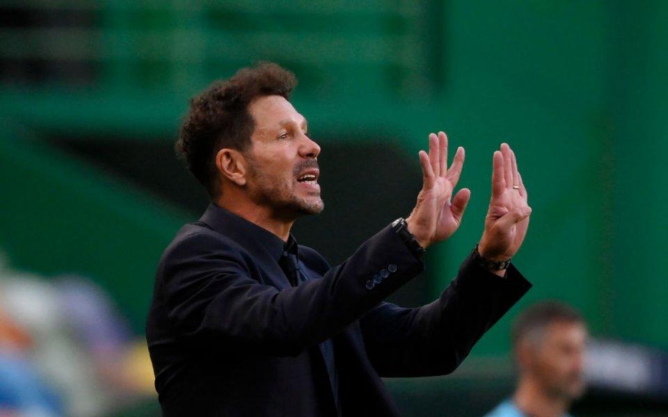 Треньорът наАтлетико МадридДиего Симеонетрудно преглътна загубата с 1:2 отРБ Лайпциги