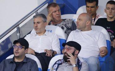 Последни преговори между Левски и Славиша Стоянович