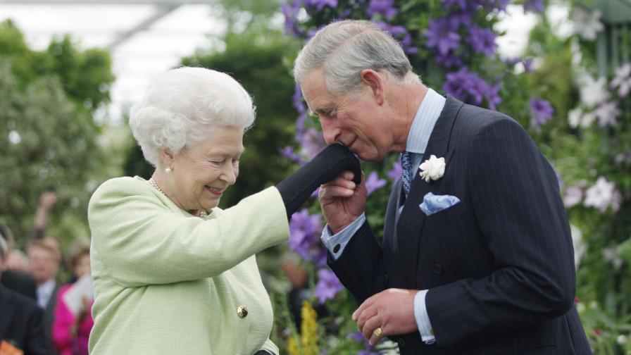 10 правила от кралския протокол, които ще ви изумят