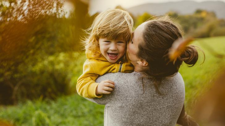 Оставаме в онази възраст, в която най-много не ни е достигала любов
