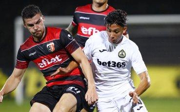 Локо Пловдив и Славия се вкопчват в битка за задължителни три точки
