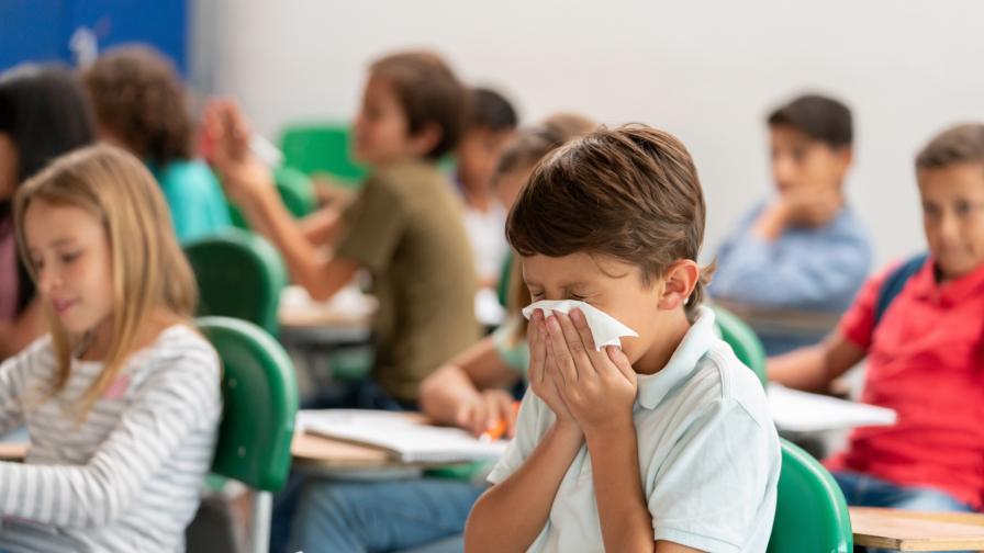 Ученици с вирусни симптоми ще бъдат вкарвани в изолационни стаи
