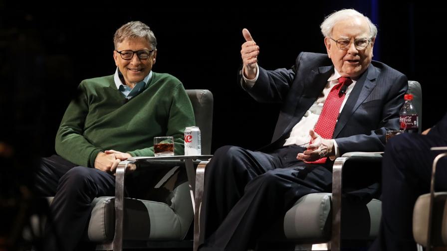 Какво подари Бил Гейтс на Уорън Бъфет за неговия 90-и рожден ден